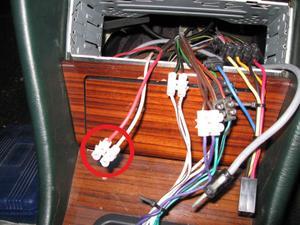 Automatic Radio Aerial wiring query. - Mercedes-Benz Forum