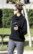 Nov 21, 2010 - Jessica Alba - Out N About - Coldwater Park In Los Angeles Th_58868_tduid1721_Forum.anhmjn.com_20101124073018009_122_199lo